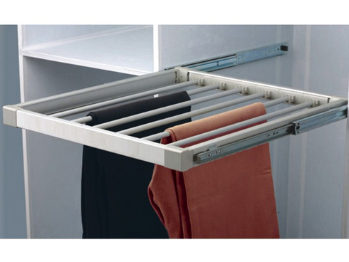 Extendable pull out trouser rack